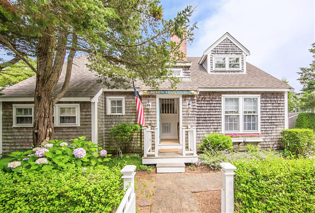 2 Mamack Lane - Sold for $1,559,000